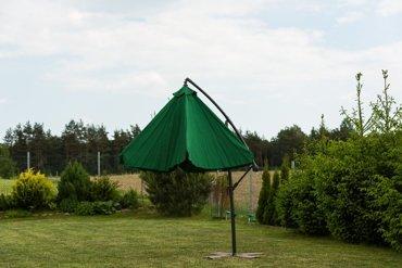 Parasol Ogrodowy na wysięgniku bocznym, składany
